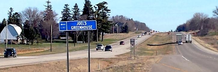 road-sign-on-52.jpg